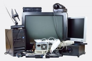 image-old-tv-electronics-tv-disposal-electronics-recycling-bumblejunk-junk-removal-baktimore
